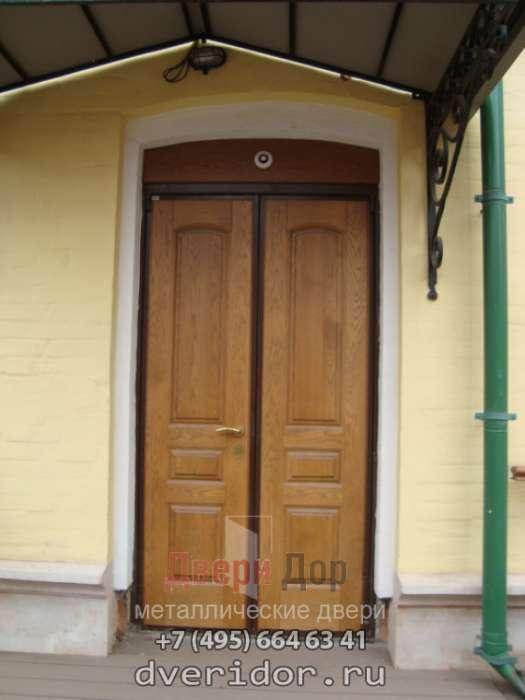 Купить двери из массива сосны в СПб, цена межкомнатной