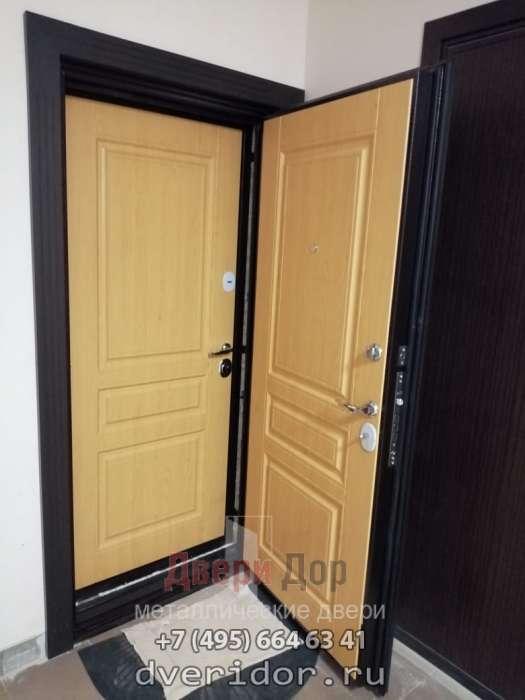 Две двери Гермес NEW, установленные в один проем фото